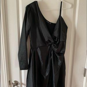 One shoulder satin black dress